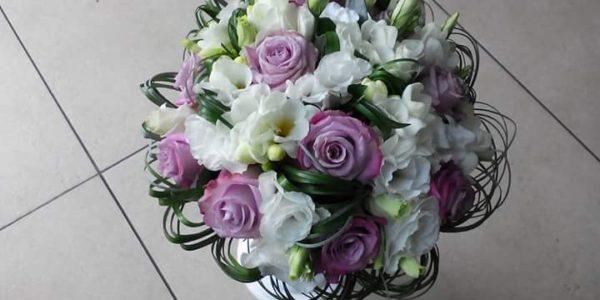 Kód: B001 obsah: 7ks růže-krátká, santina, zeleň  cena: 525,-