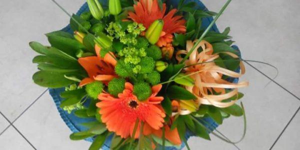 Kód: B007 obsah: Gerbera, lilie, santina, zeleň cena: 378,-