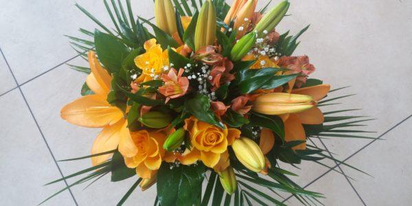 Kód: B015 obsah: Lilie, růže, alstromélie, zeleň cena: 677,-