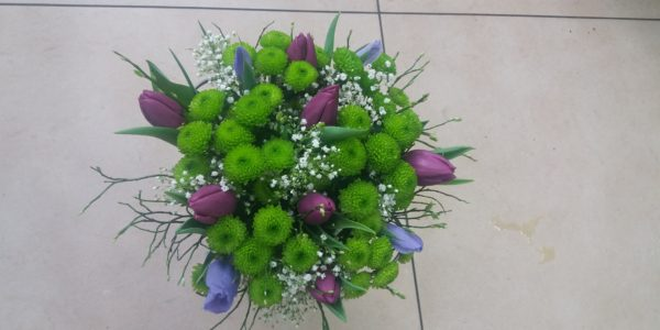 Kód: B017 obsah: Tulipán, santina, iris, zeleň  cena: 505,-