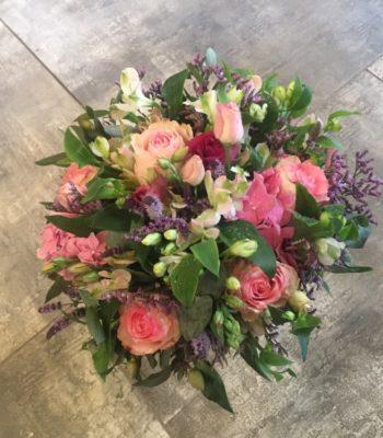 Kód: K010  obsah:  růže,alstromélie,hortenzie,limonium,zeleň